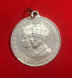 British King George V & Queen Mary Silver Jubilee Medallion
