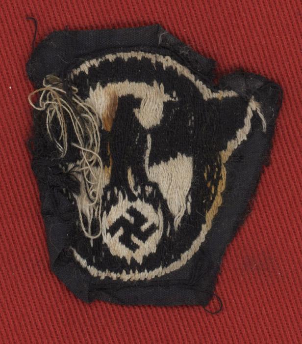 Ww2 German Police M43 Hat Badge: WW2 German Police M43 Bevo Cap Eagle