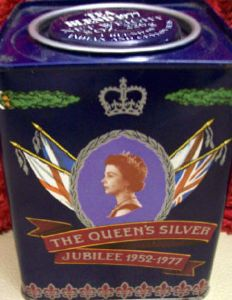 Queen Elizabeth Silver Jubilee Tea Tin 1977