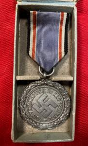 WW2 German Cased Luftschutz Honour Medal 2nd Class