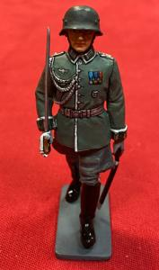LAH064 Wehrmacht Marching Officer
